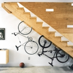 clever-ideas-under-stairs-in-hallway8.jpg