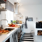 color-black-and-white-kitchen2.jpg