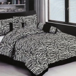 color-black-and-white-bedroom1.jpg