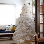 color-decor-to-white-christmas-tree1-2
