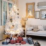 color-decor-to-white-christmas-tree2-4