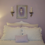 combo-frosted-purple-and-white-in-bedroom4-5.jpg