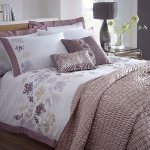 combo-frosted-purple-and-white-in-bedroom6-3.jpg