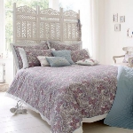 combo-frosted-purple-and-white-in-bedroom7-4.jpg