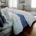 combo-blue-n-white-in-bedroom10.jpg