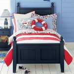 combo-red-blue-white-in-kidsroom1-4.jpg