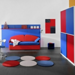 combo-red-blue-white-in-kidsroom6-5.jpg