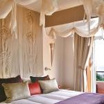 cream-shades-in-bedroom2.jpg