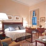 tea-rose-shades-in-bedroom3.jpg