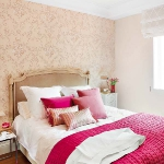 cream-and-tea-rose-shades-in-bedroom-combo2.jpg