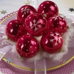 creative-decor-from-christmas-balls2-1