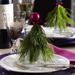 creative-decor-from-christmas-balls5-1