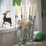 creative-decor-from-christmas-balls7-5