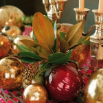 creative-decor-from-christmas-balls8-4