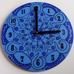 creative-ideas-from-recycled-vinyl-records-clocks12.jpg
