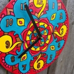 creative-ideas-from-recycled-vinyl-records-clocks9.jpg