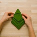 creative-napkin-folding-new-year-ideas-with-video3-11