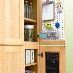 creative-organizing-things-with-pegboard3-2