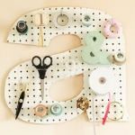 creative-organizing-things-with-pegboard5-2
