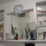 creative-storage-in-bathroom-niche20.jpg