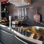 curved-kitchen-collection-skyline-by-snaidero1-4.jpg
