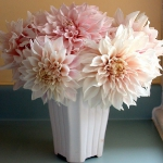 dahlias-bouquets-in-different-shades1-9.jpg