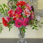 dahlias-bouquets-in-different-shades3-7.jpg