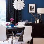 decorate-diningroom-3level-bright-wall5.jpg