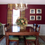 decorate-diningroom-3level-bright-wall7.jpg