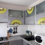 decoretto-stickers-in-kitchen1-1.jpg