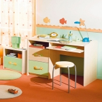 desk-for-kids1.jpg