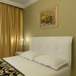 digest70-glam-art-deco-bedroom10-2.jpg