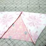 diy-3-pretty-pillows1-5.jpg
