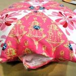 diy-3-pretty-pillows1-8.jpg