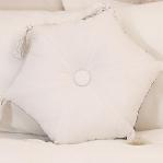 diy-3-pretty-pillows3-9.jpg