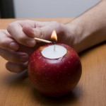 diy-apples-candleholders7.jpg