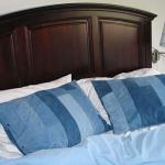 diy-blue-jeans-pillow5.jpg
