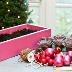 diy-christmas-poinsettia-centerpiece1-materials2.jpg