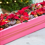 diy-christmas-poinsettia-centerpiece1-5.jpg