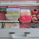 diy-crafty-suitcase2-5.jpg