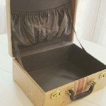 diy-crafty-suitcase3-before2.jpg