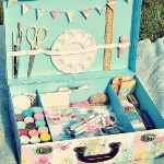 diy-crafty-suitcase5-8.jpg