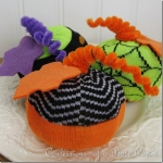 diy-easy-no-sew-pumpkin-made-of-clothes3-4