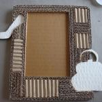 diy-photo-frame-of-carton1-9-2.jpg