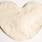 diy-pillows-unusual-shape2-11.jpg