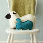 diy-pillows-unusual-shape3-11.jpg