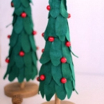diy-tabletop-christmas-trees-from-felt2-3