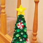 diy-tabletop-christmas-trees-from-felt3-11