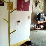 diy-tree-shaped-clothes-racks3-1.jpg