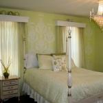 diy-vignettes-wall-art-in-bedroom1.jpg